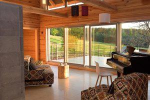 Dom całoroczny – możliwość wynajęcia pojedynczych pokoi lub całego domu